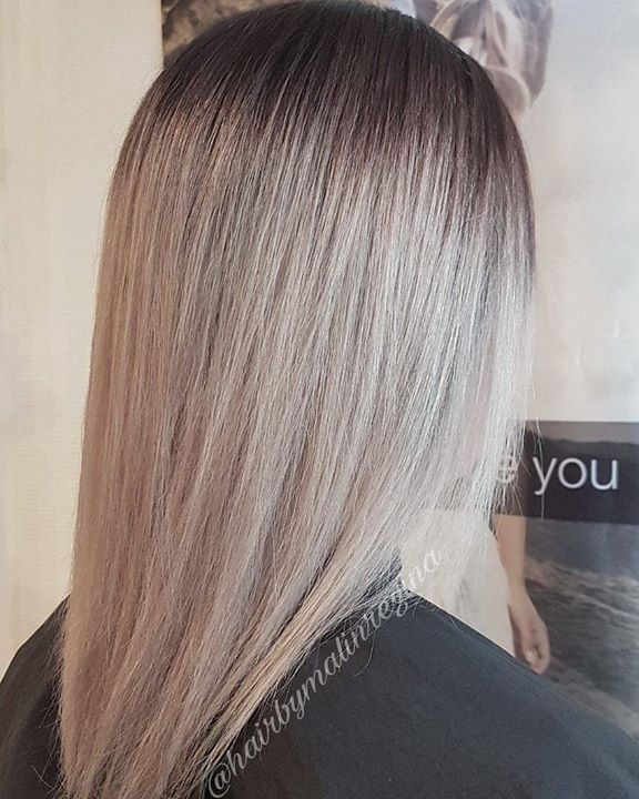 Silver blonde Frisør: Malin