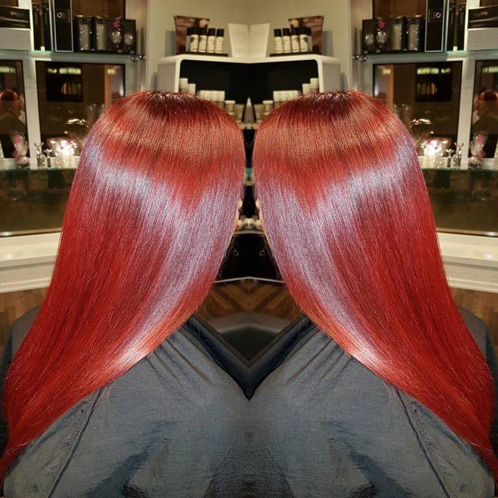 Gøy med litt knæsj farge! Frisør: Malin #red #redhair #olaplex #hairinspiration #hairstylist #glam_as #tromsøfrisør…