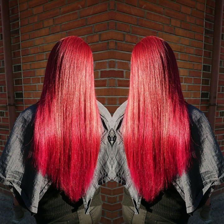 Drømmer du om fyldigere hår, perfekte bølger eller lengre hår? Send oss en melding…