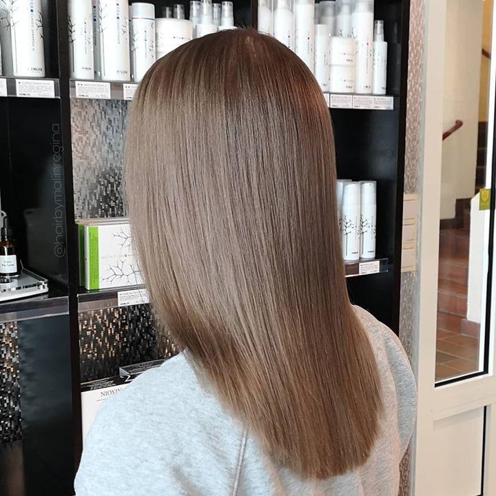 Fra varm blond til denne nydelige, kalde, naturlige bruntonen Frisør: Malin