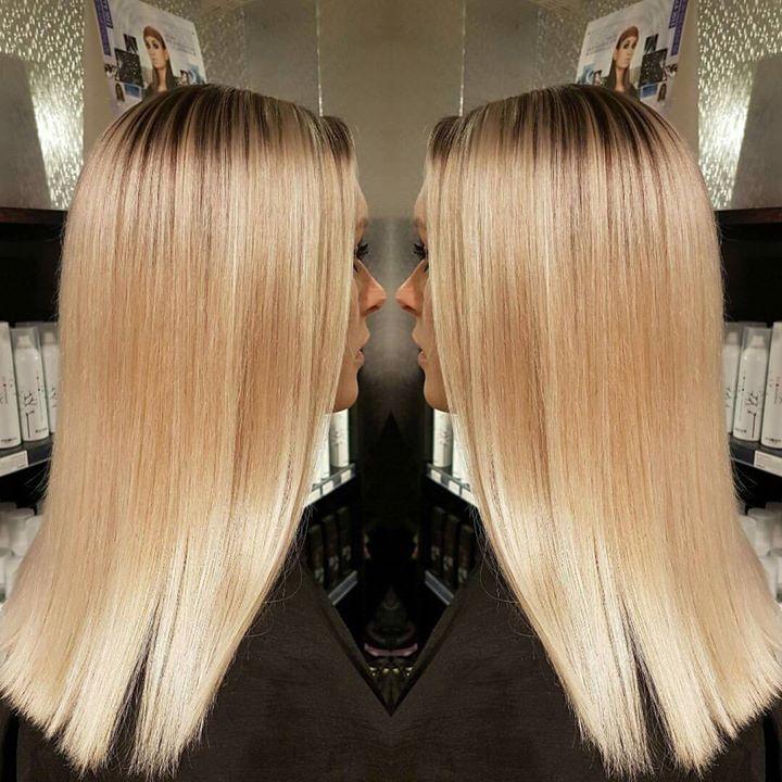 Frisør: Jill #clean #blonde #olaplex #glam_as #hairinspiration #blondhairs #blonde #hairstylist #tromsøfrisør #welovetodohair