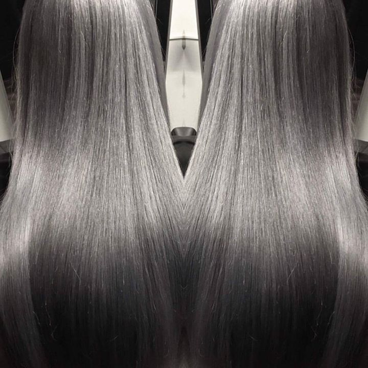 Tina (@tinboo2) er helt RÅ på gråtoner! Juniorfrisør: Tina #greyhairs #stunning #hair #juniorhairstylist #glam_as…
