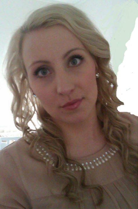 Vi gleder oss til å ta imot vår nye frisør, Annika R. Wilhelmsen! Hun…