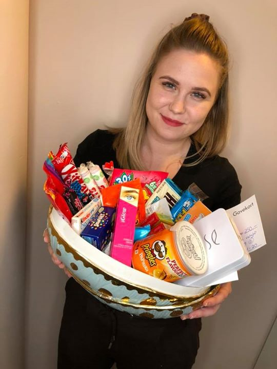 Bli med i vår påskekonkurranse der du kan vinne masse digg! Bla et gavekort…